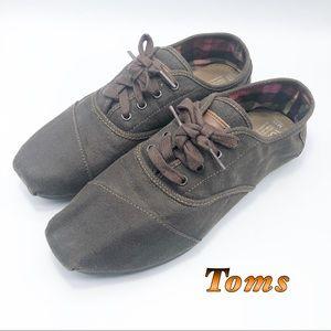 Toms Brown Canvas lace Up Soft shoe 11